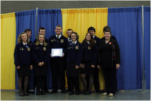 Front: Kaylien Perry (left), Alexis Jones, Alex Gillespie, Shae McMillion, Savanna Honaker and Leah Vance; Back: Justin Massey (left), Erik Ford, Bryar Ellis, Justin Viers and Andrew Vance